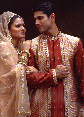 Articles tips and advice for indian community on eknazar for Indian wedding dresses new york